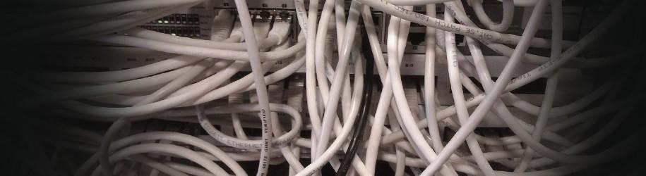 UTP kabels langs stroomkabels, do's and don'ts